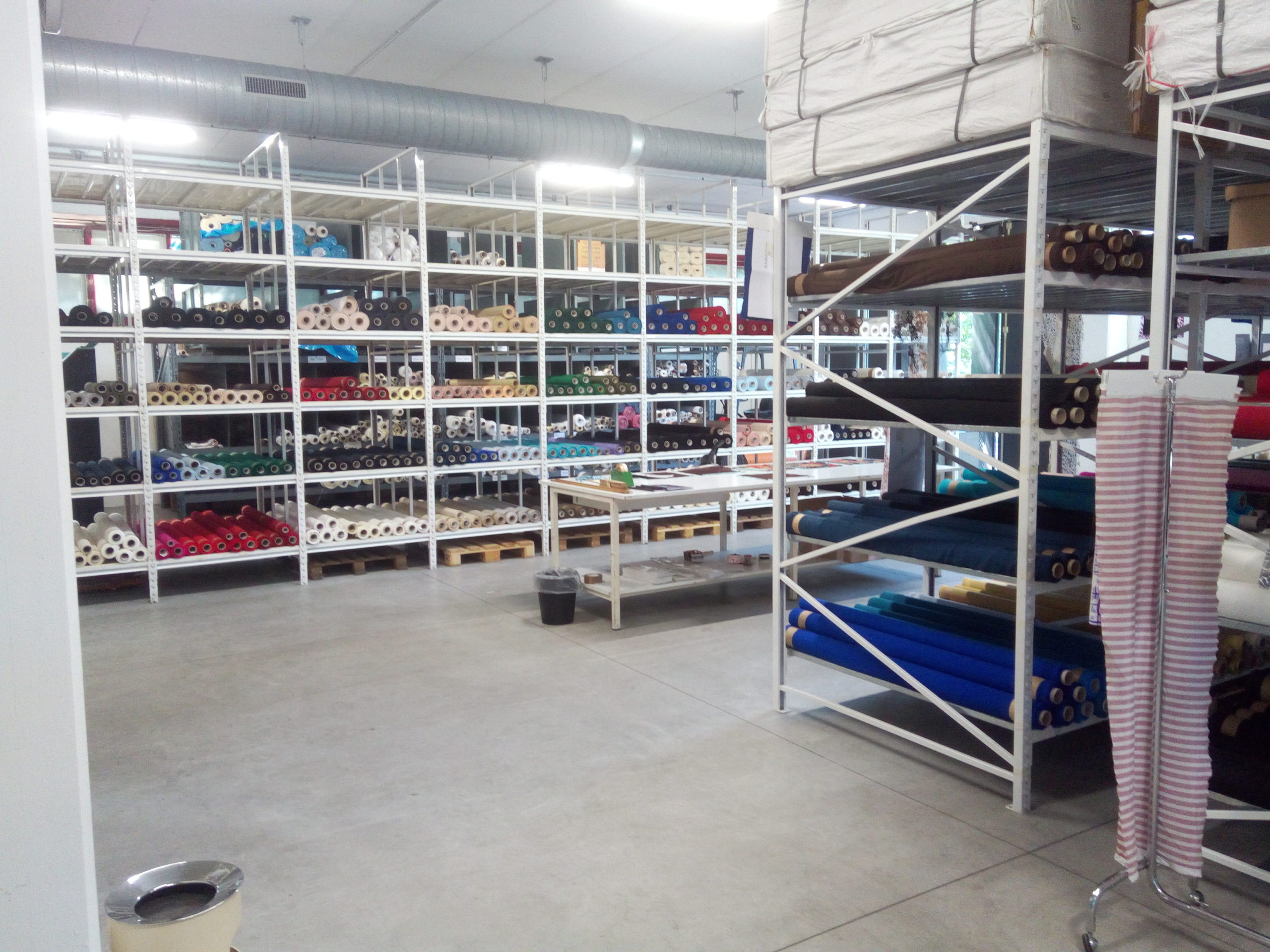 We have a long experience in the production and trade of mostly silk items